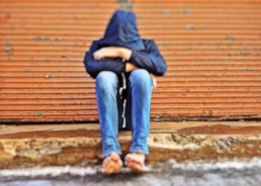 homeless-1213054_1920